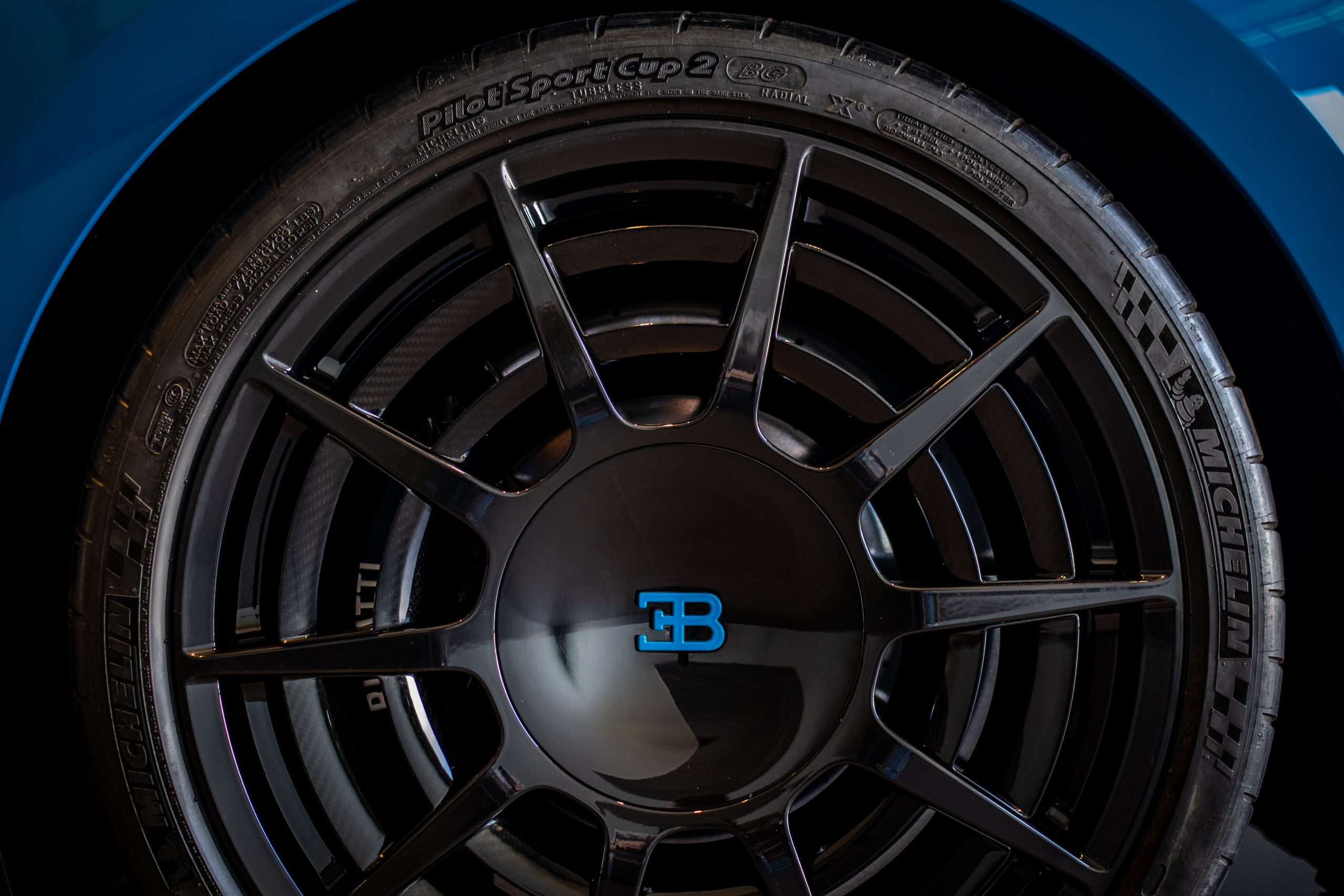 Bugatti-Chiron-Pur-Sport-show-car-15