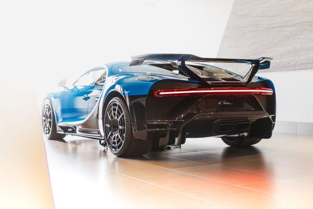 Bugatti-Chiron-Pur-Sport-show-car-20