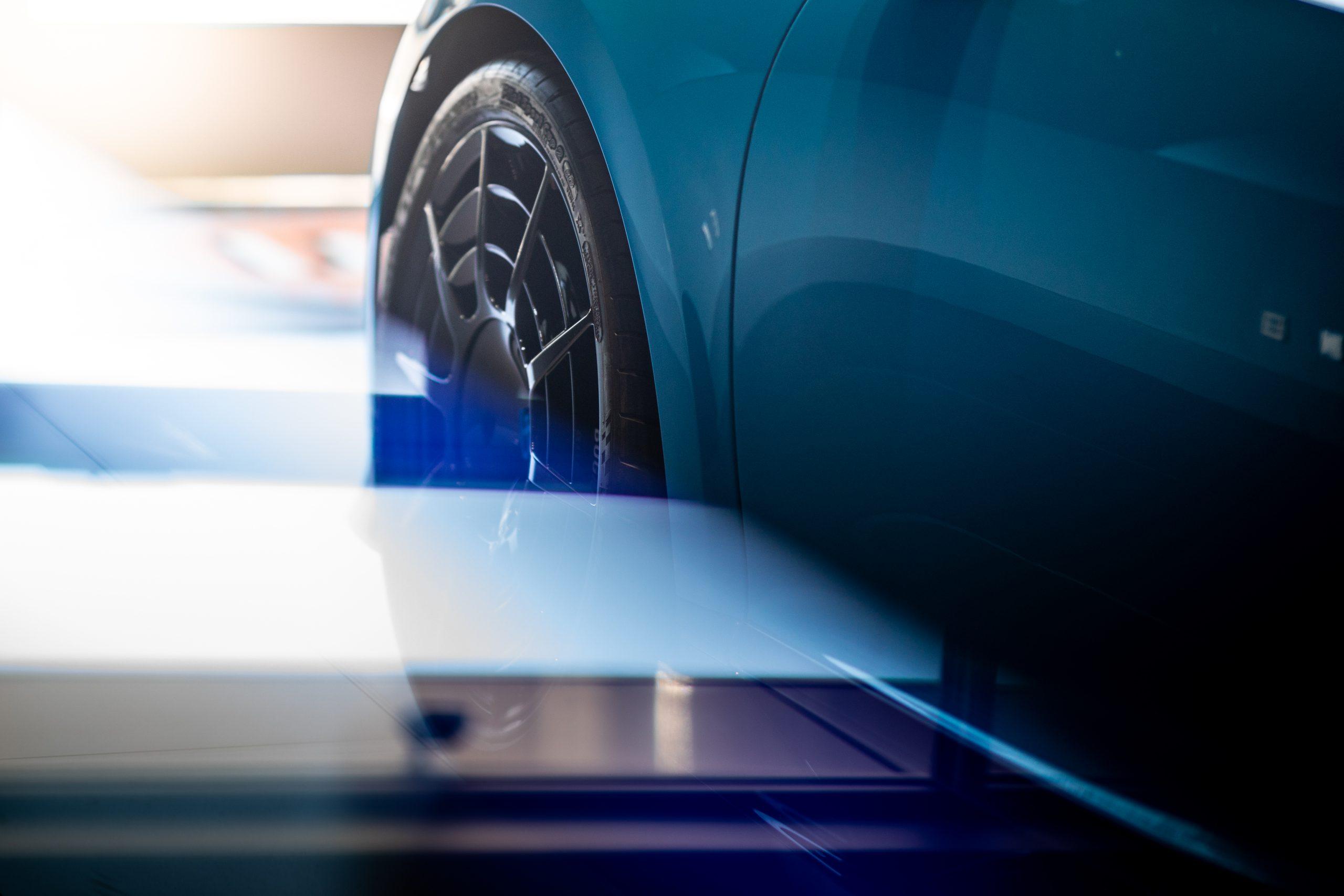 Bugatti-Chiron-Pur-Sport-show-car-7