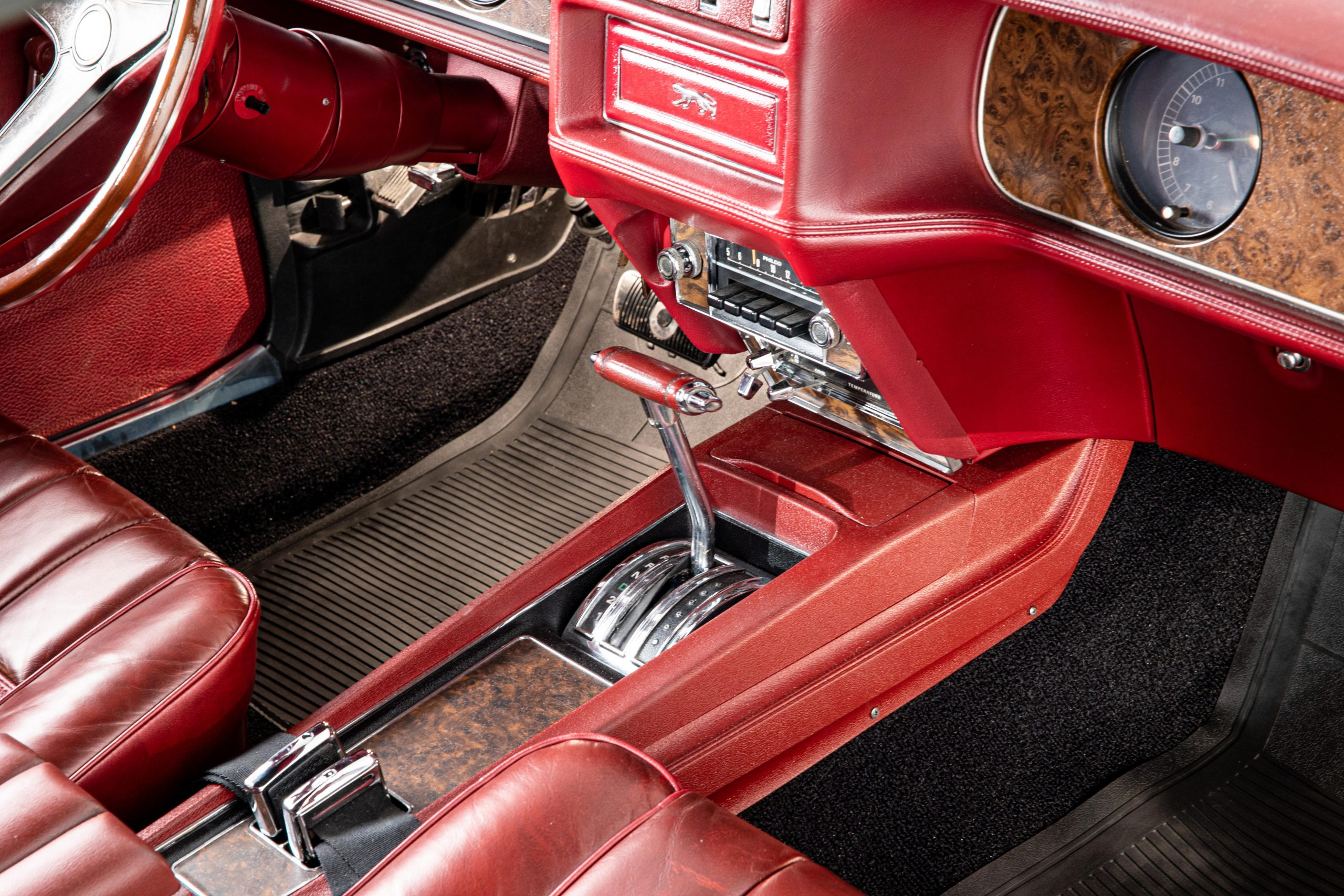 Mercury Cougar Convertible interior shifter