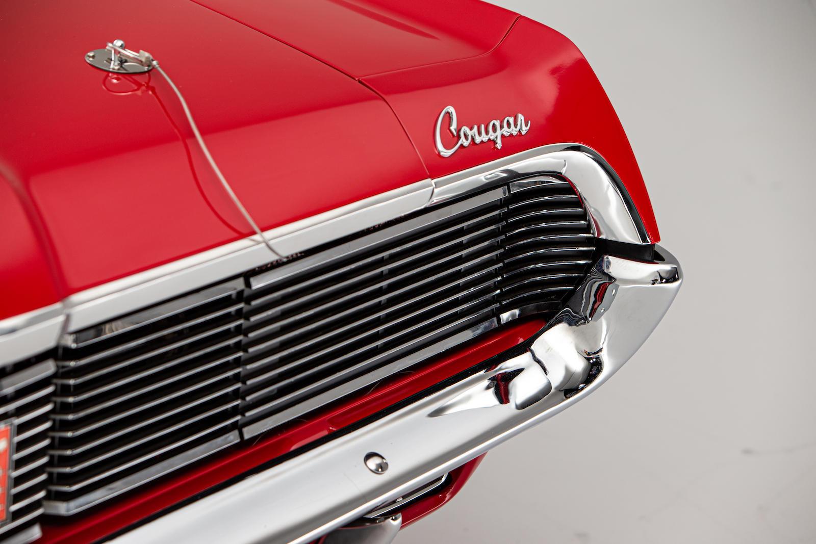 Mercury Cougar Convertible script lettering