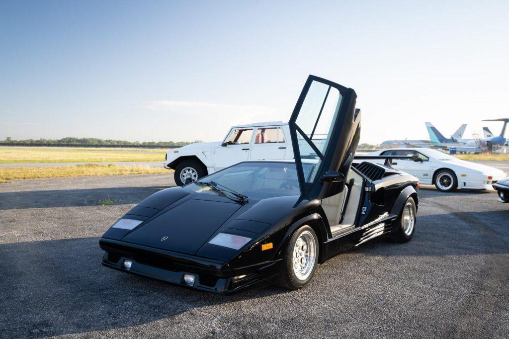 Lamborghini countach sale front three-quarter