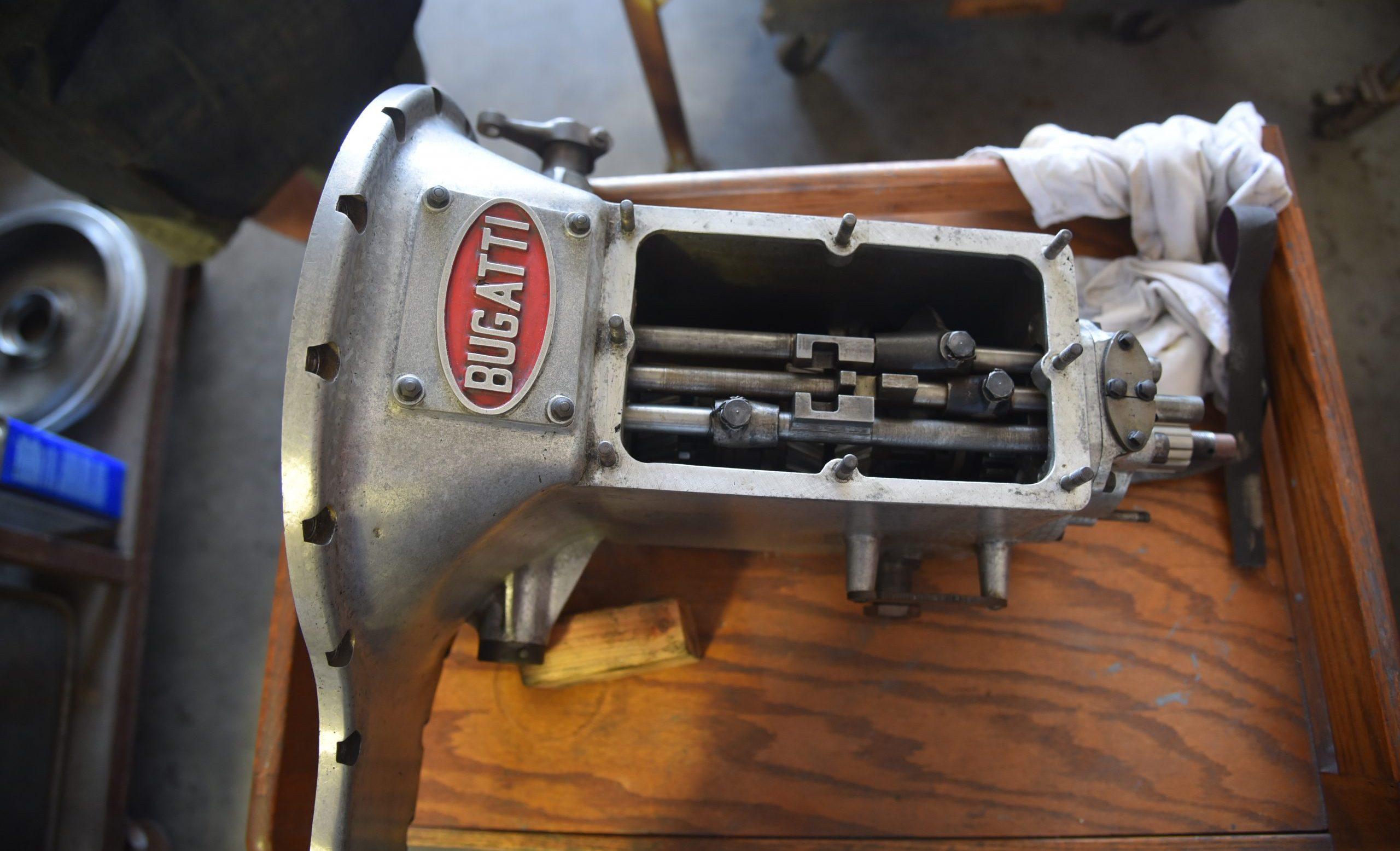 3.3-liter Bugatti straight-eight detail
