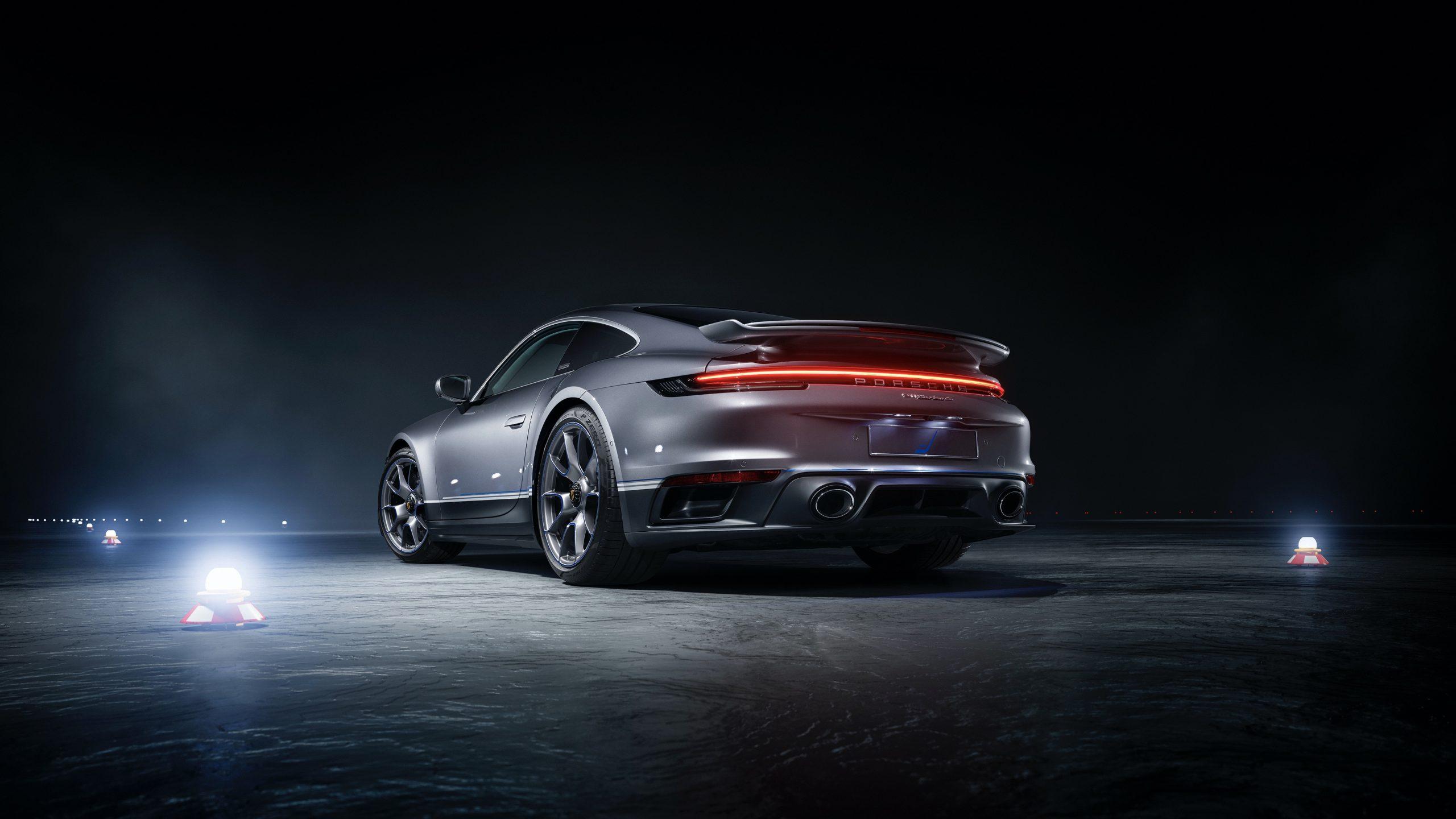 Porsche 911 Turbo S Duet 3
