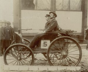 1895 Duryea Motor Wagon race car
