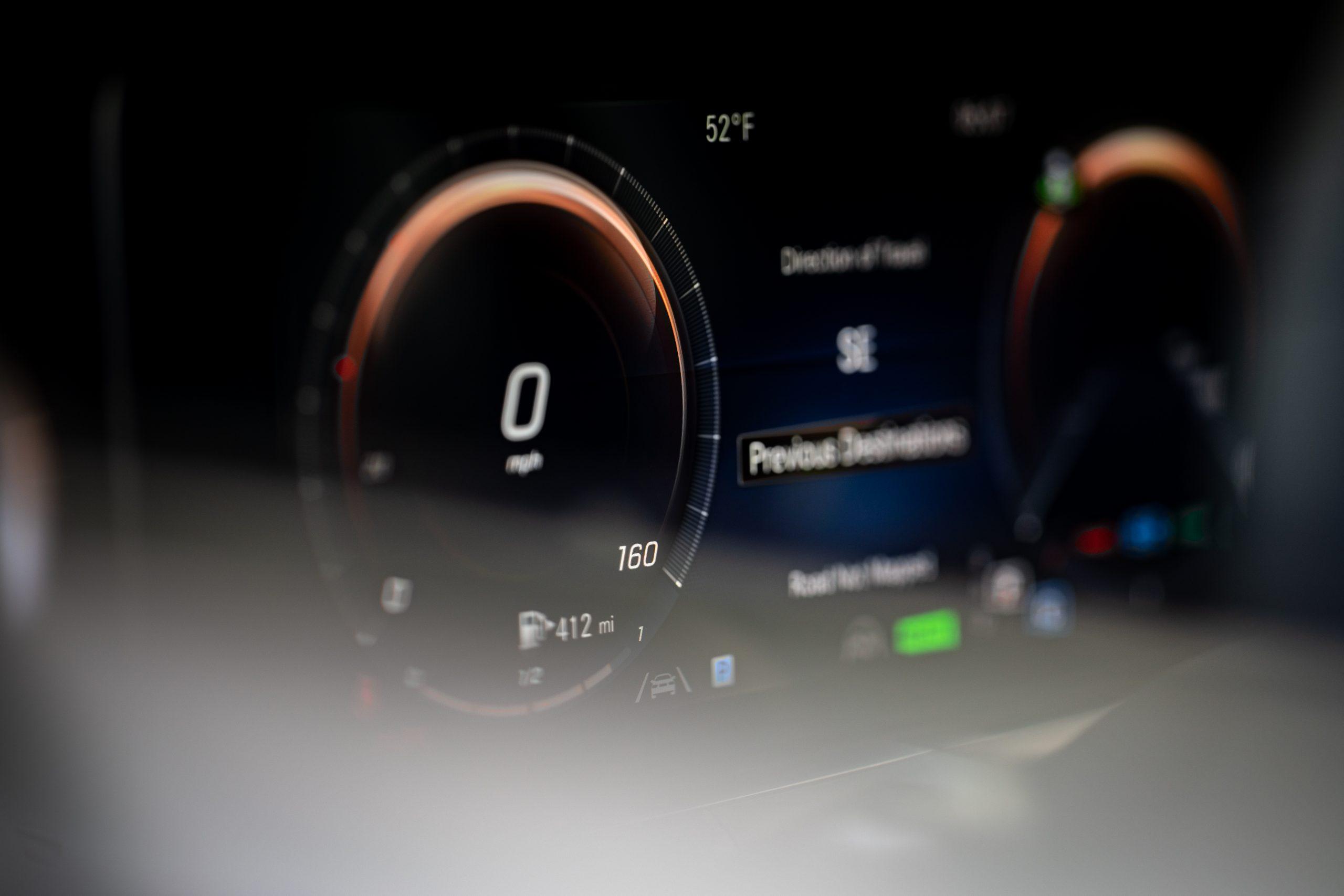 2021 Mercedes Benz E 450 4MATIC digital instrument panel