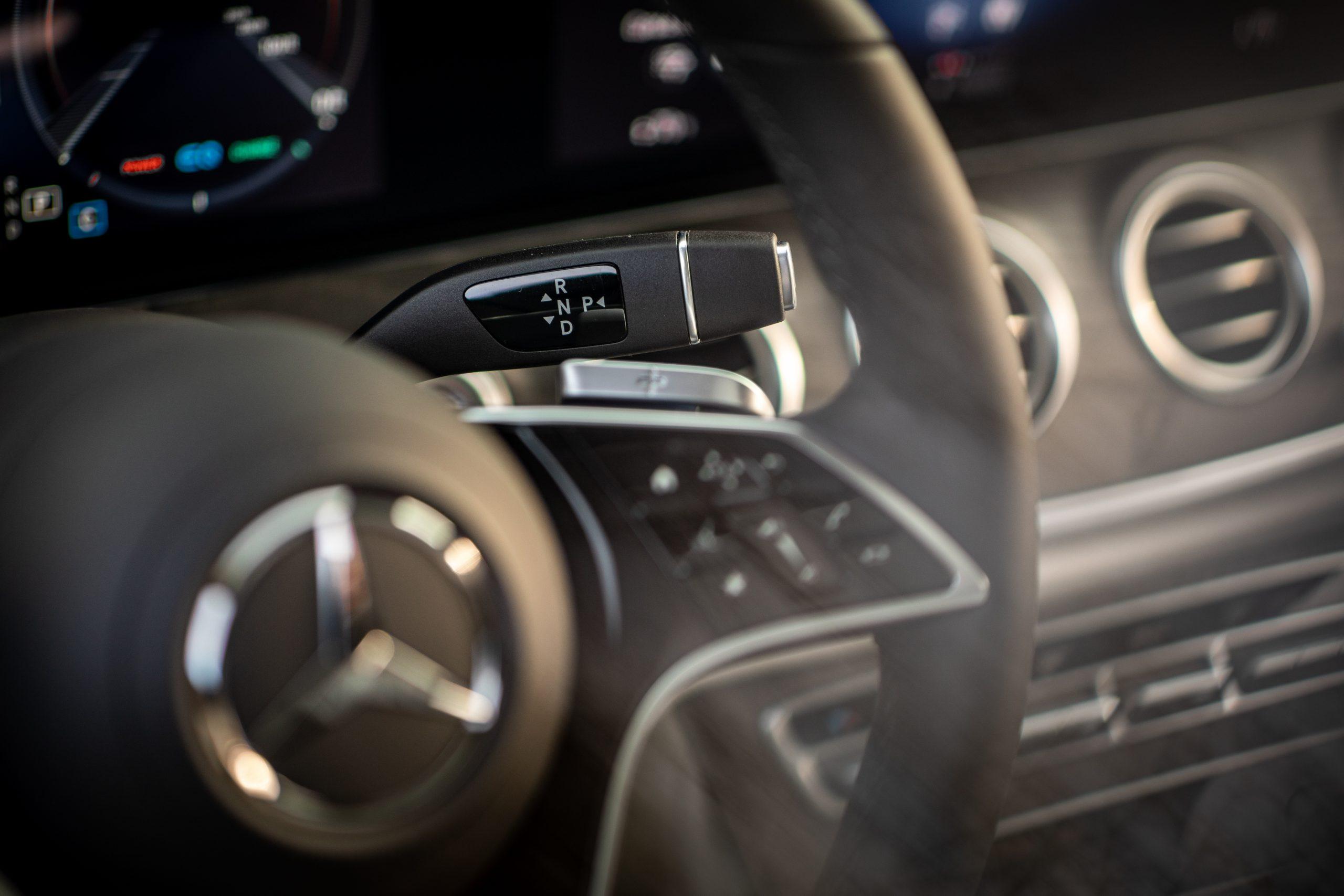 2021 Mercedes Benz E 450 4MATIC shifter