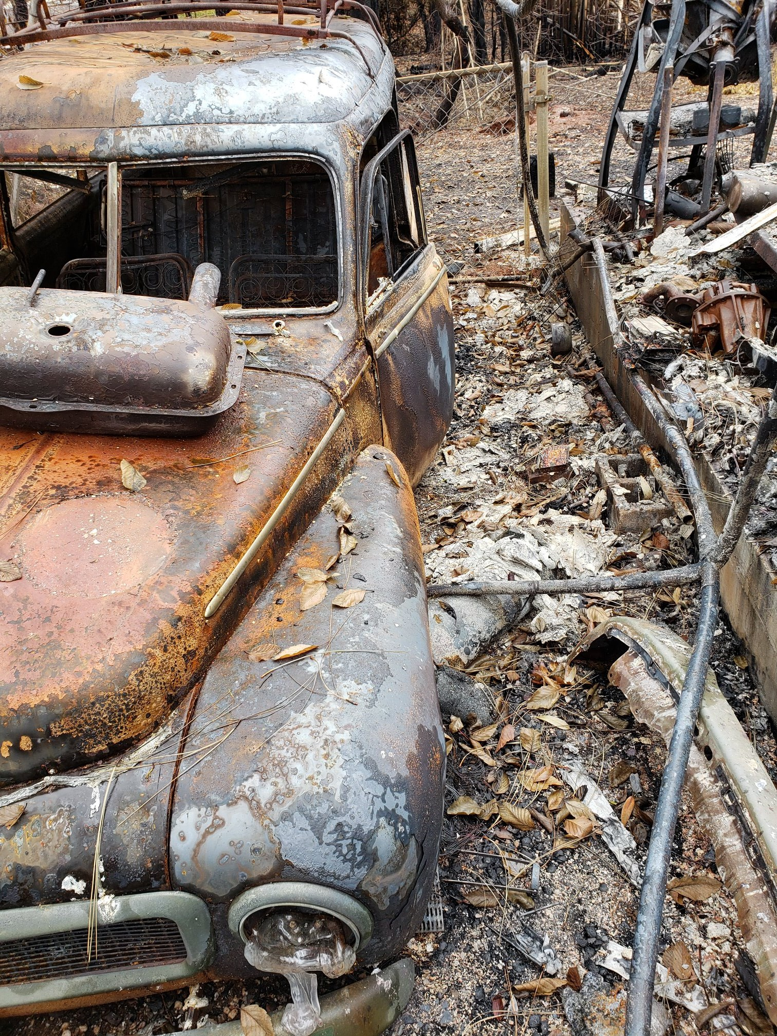 kirby family front burned volvo