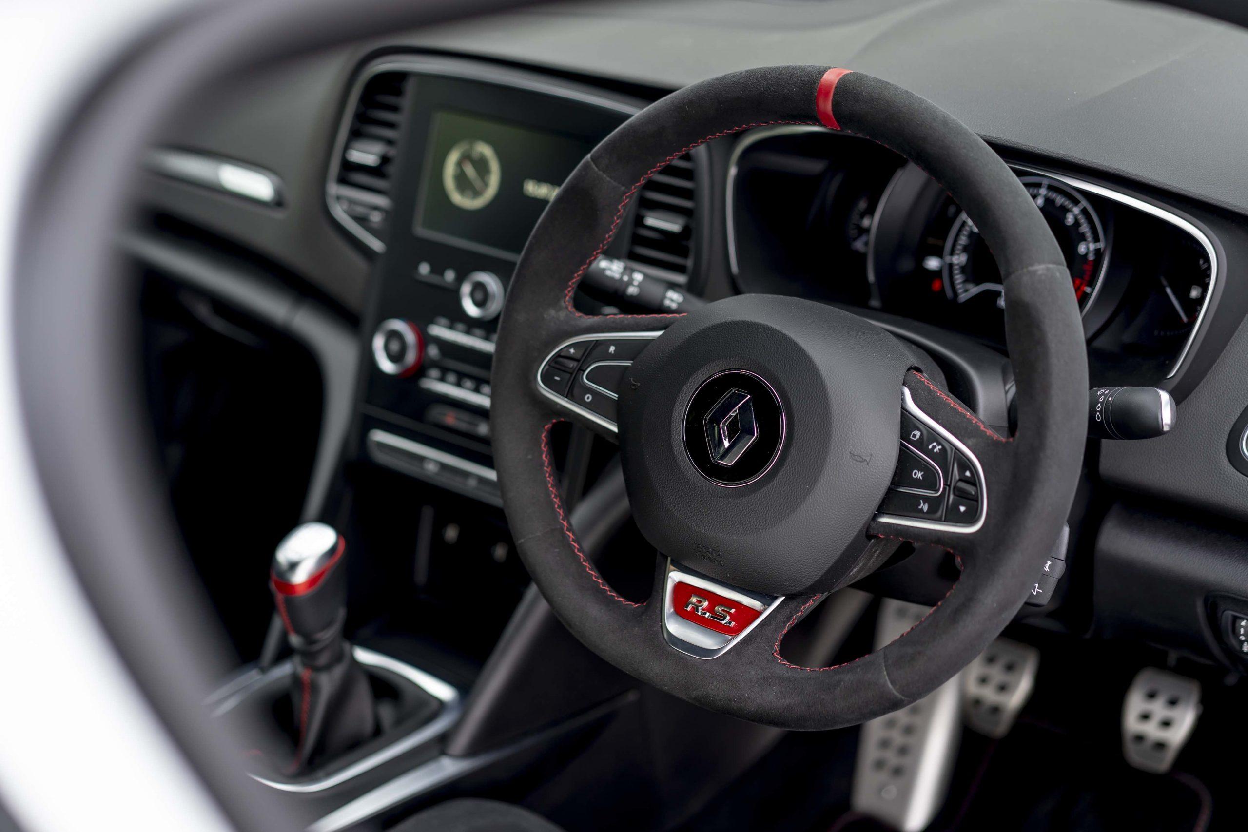 renault megane trophy r interior steering wheel detail