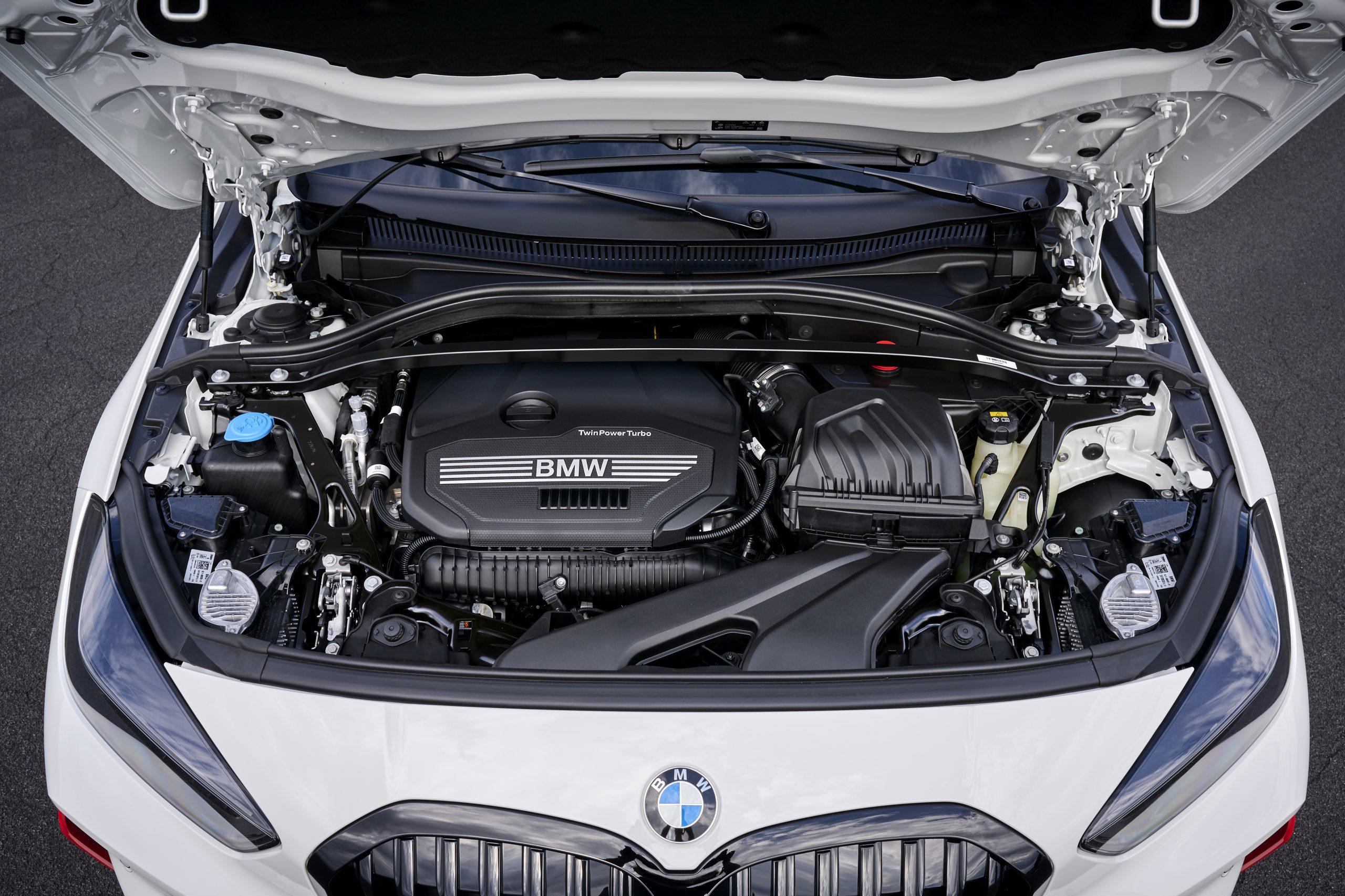 BMW 128 ti engine