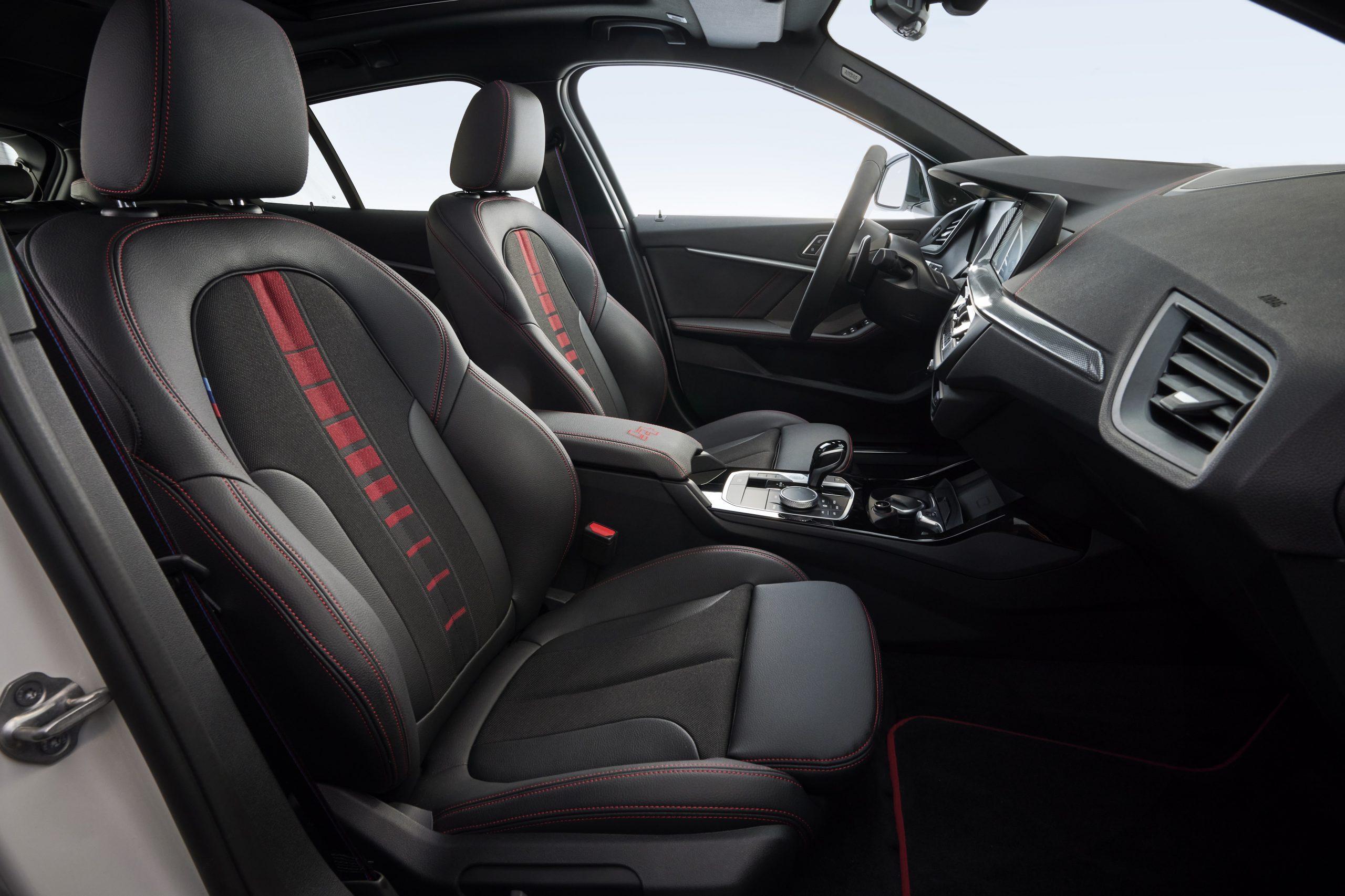 BMW 128 ti interior