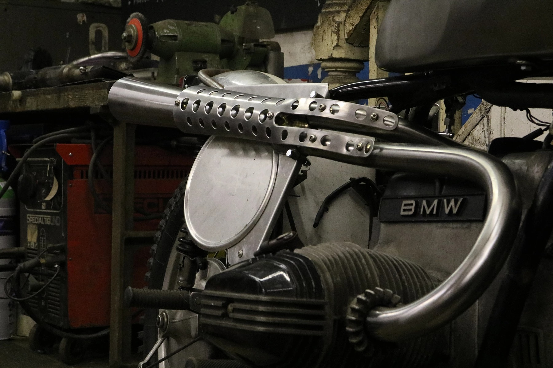 raysons exhausts workshop bmw project