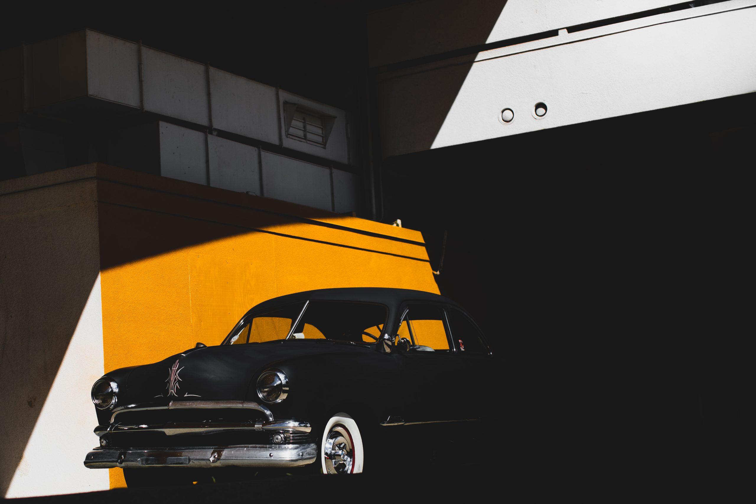 shoebox ford front three-quarter shadows