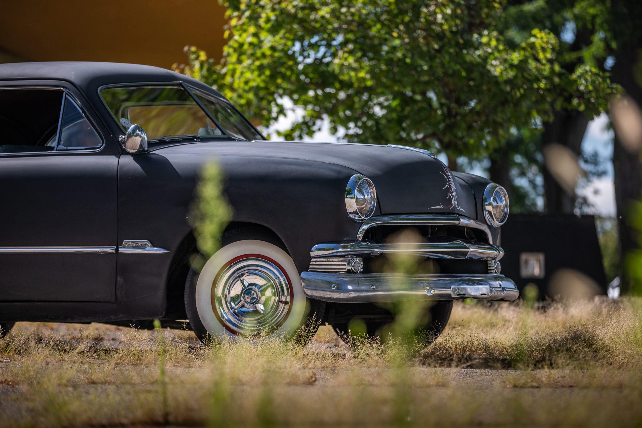 shoebox ford front half side profile