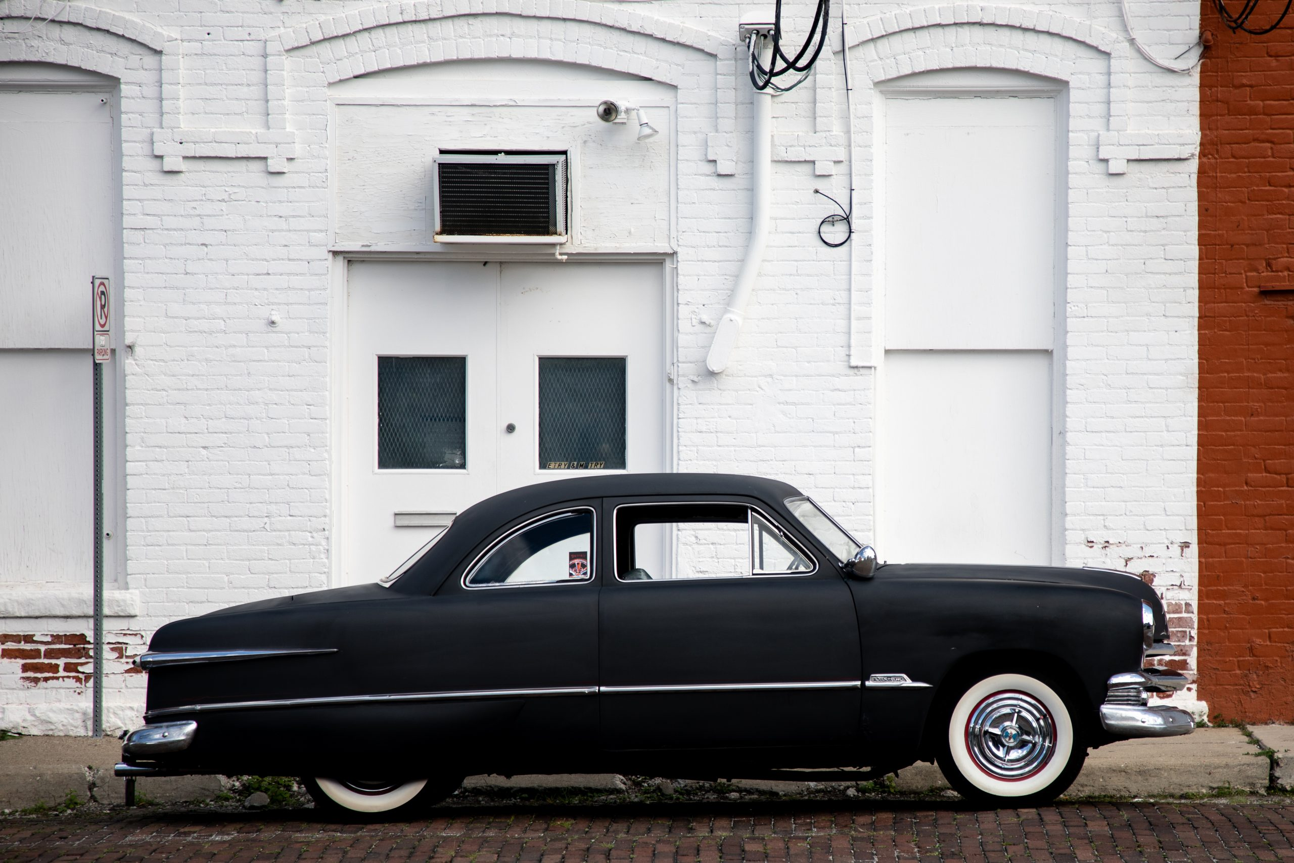 shoebox ford side profile