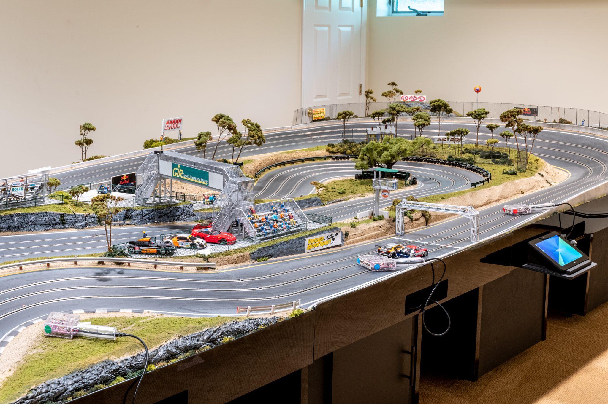 Slot Car Racetrack track computer