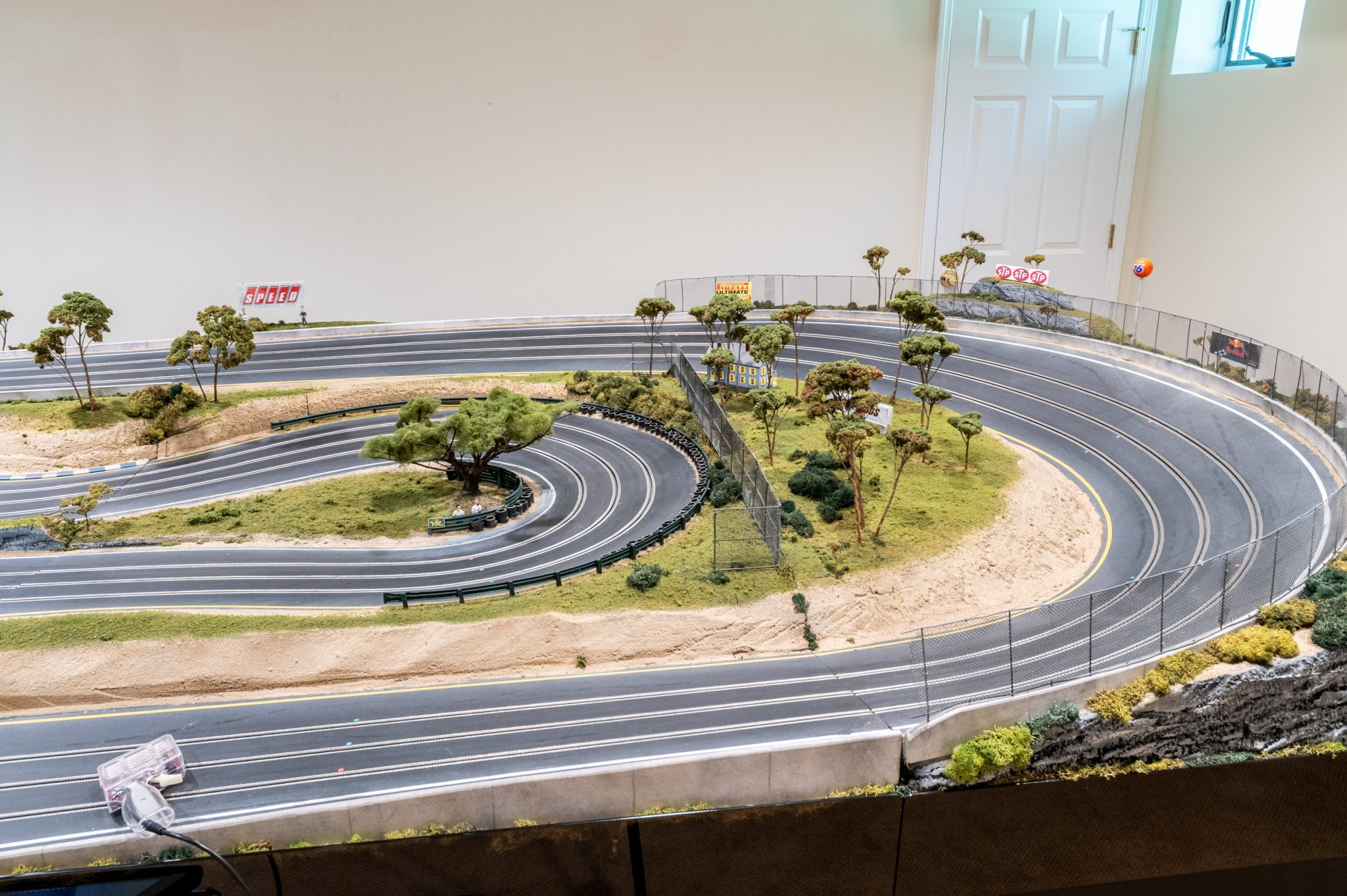 Slot Car Racetrack turns