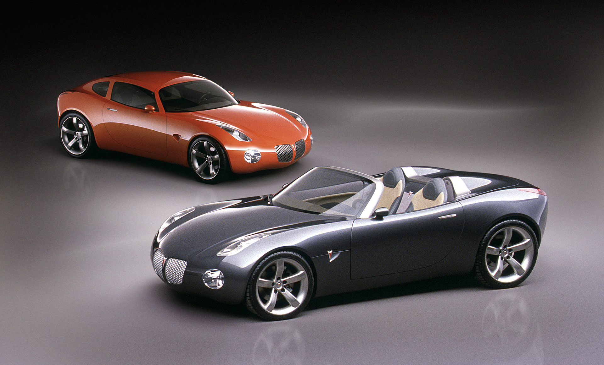 2002 pontiac solstice coupe and convertible roadster
