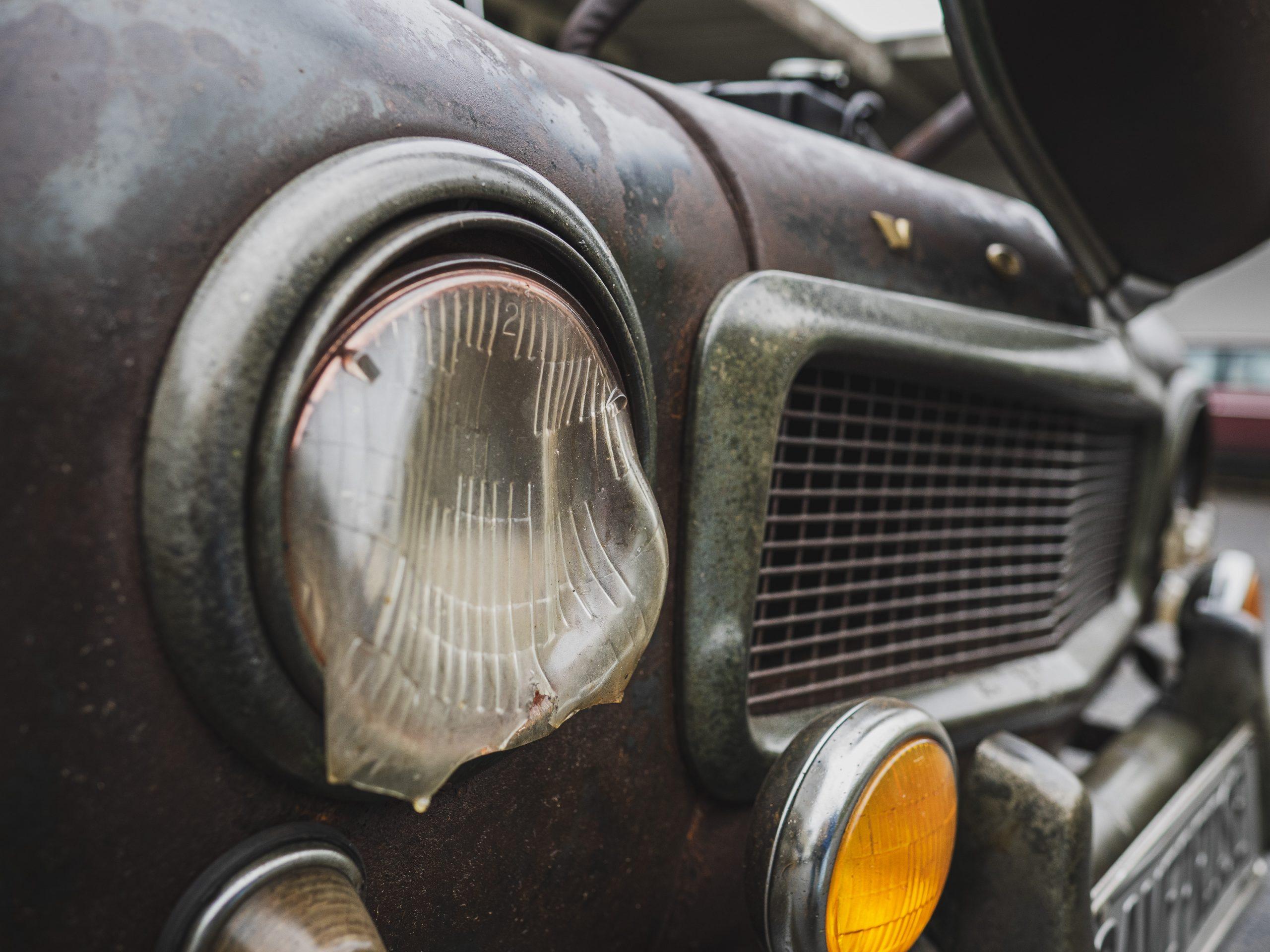 kirby family paradise volvo front headlight melt detail