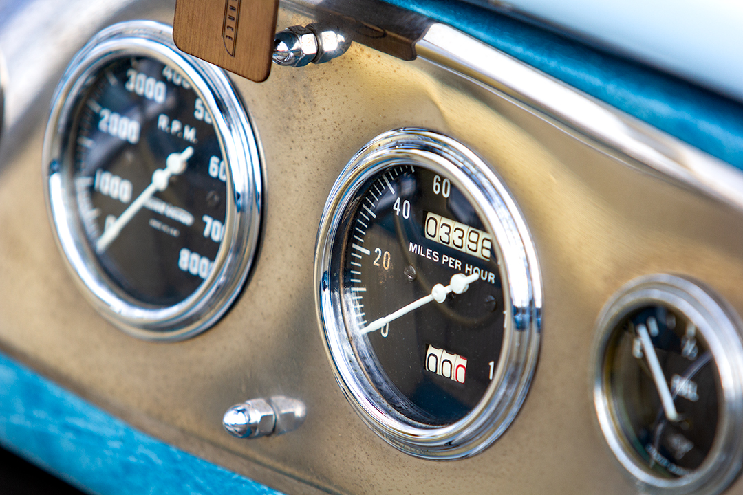 tommy foster hot rod gauge detail