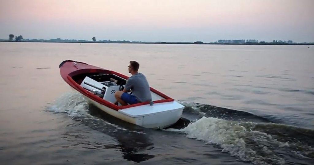 Citroën boat - Dutch Ugly Duck