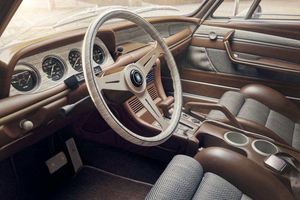 Speedkore 1972 BMW 3-0 CSi interior detail
