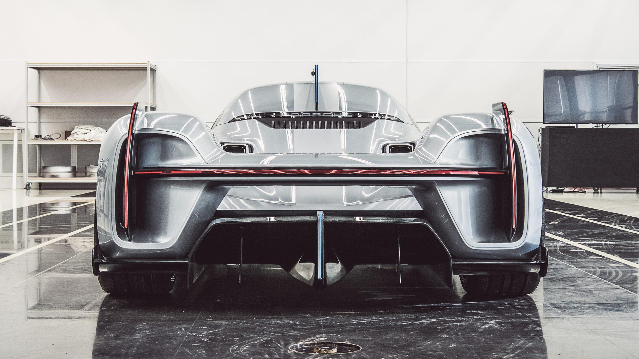 Porsche 919 Street rear 2