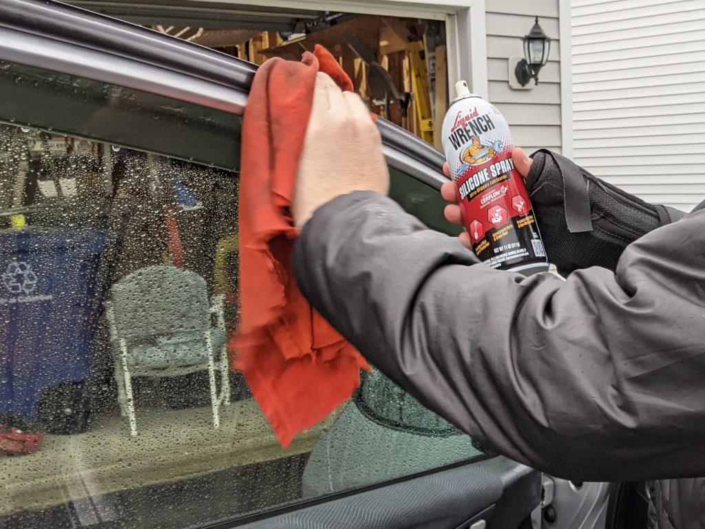 Cleaning door jambs with liquid wrench