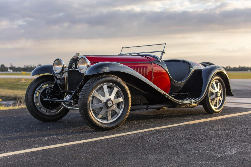1932 Bugatti Type 55 SS Roadster front three-quarter