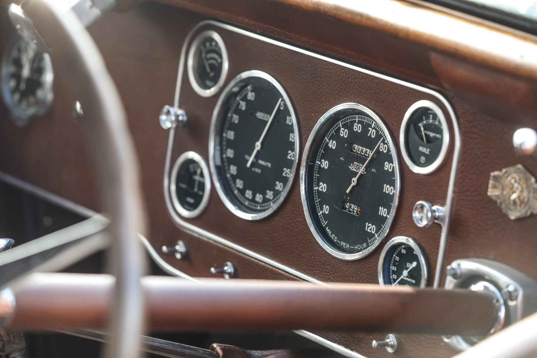 1937 Bugatti Type 57S Atalante dash