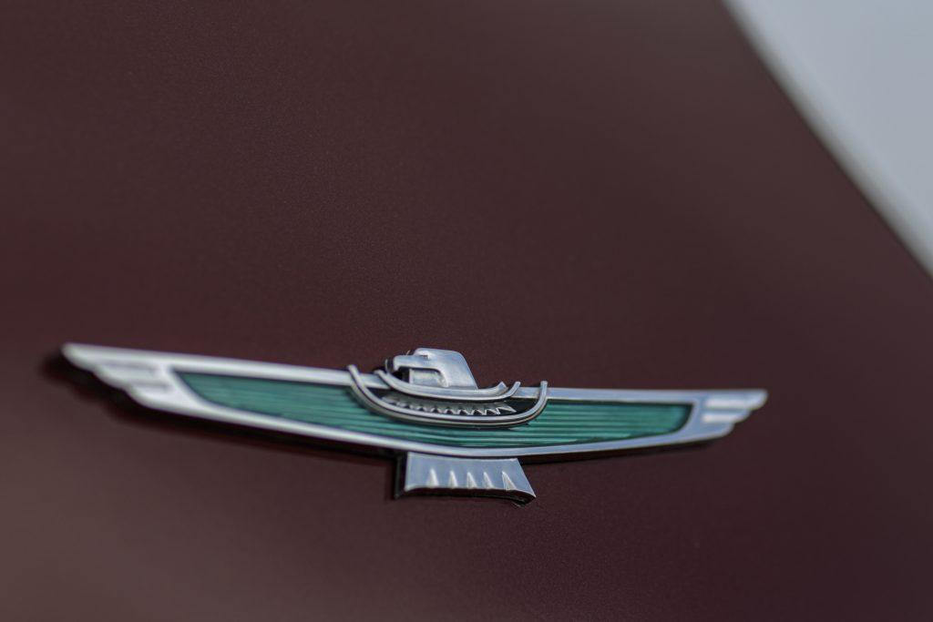 1961-1963 Ford Thunderbird emblem