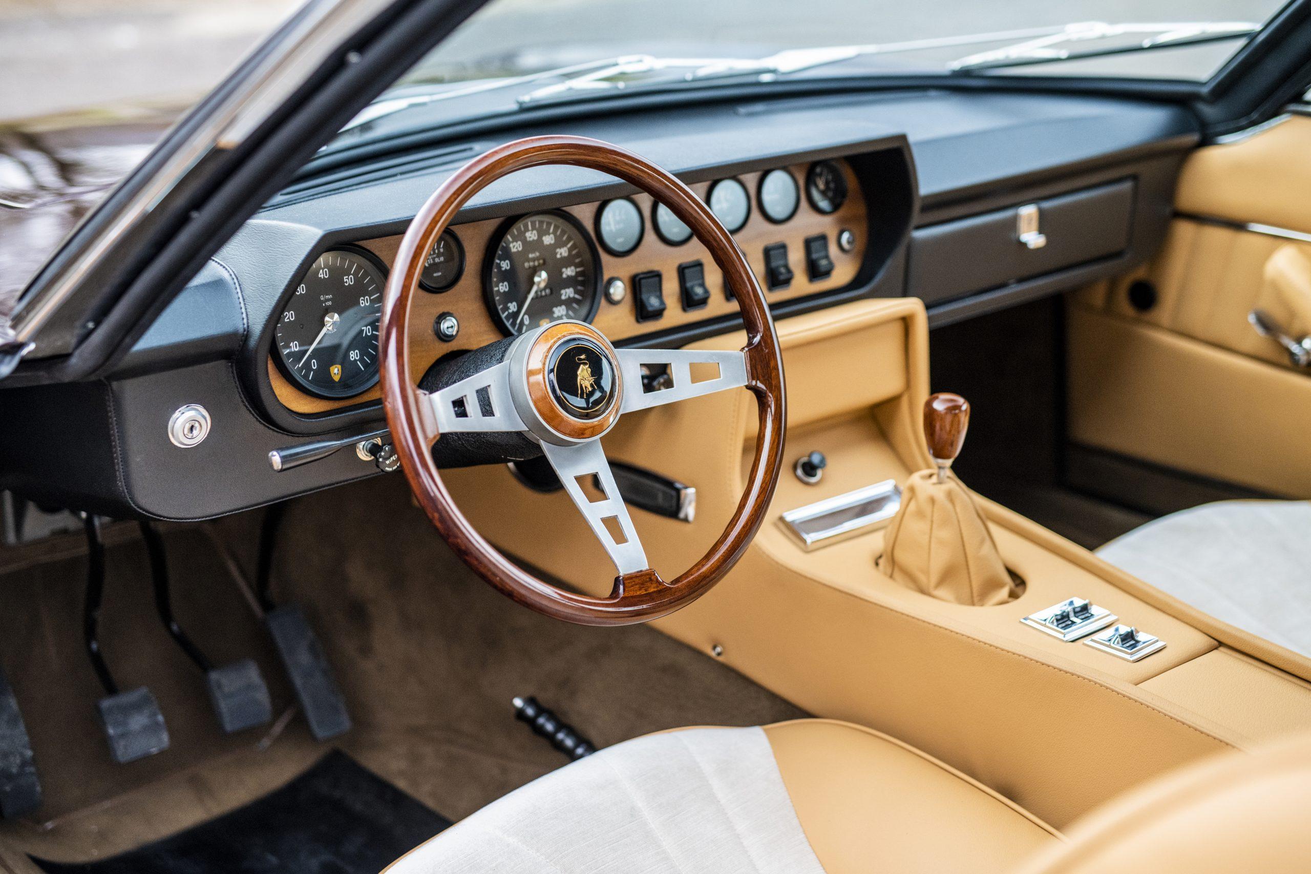 1969 Lamborghini Islero GTS interior