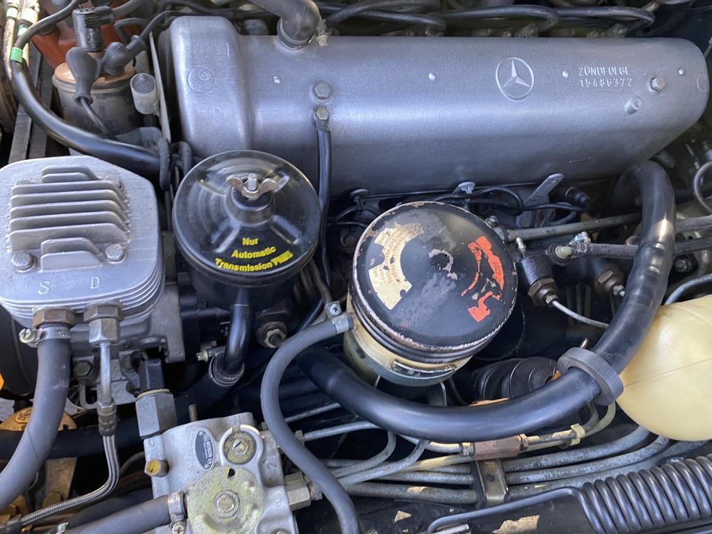 1969 Mercedes-Benz 600 Elvis car engine