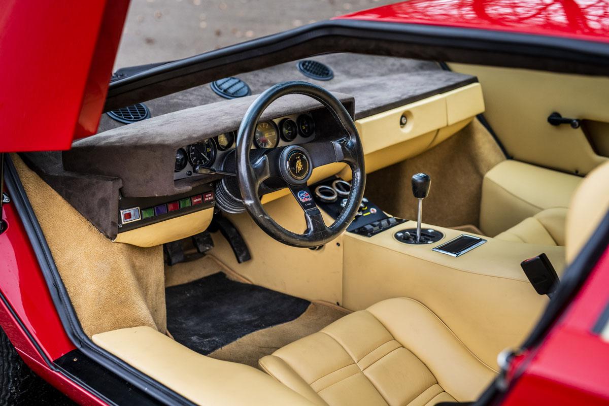 1977 Lamborghini Countach LP400 Periscopio interior