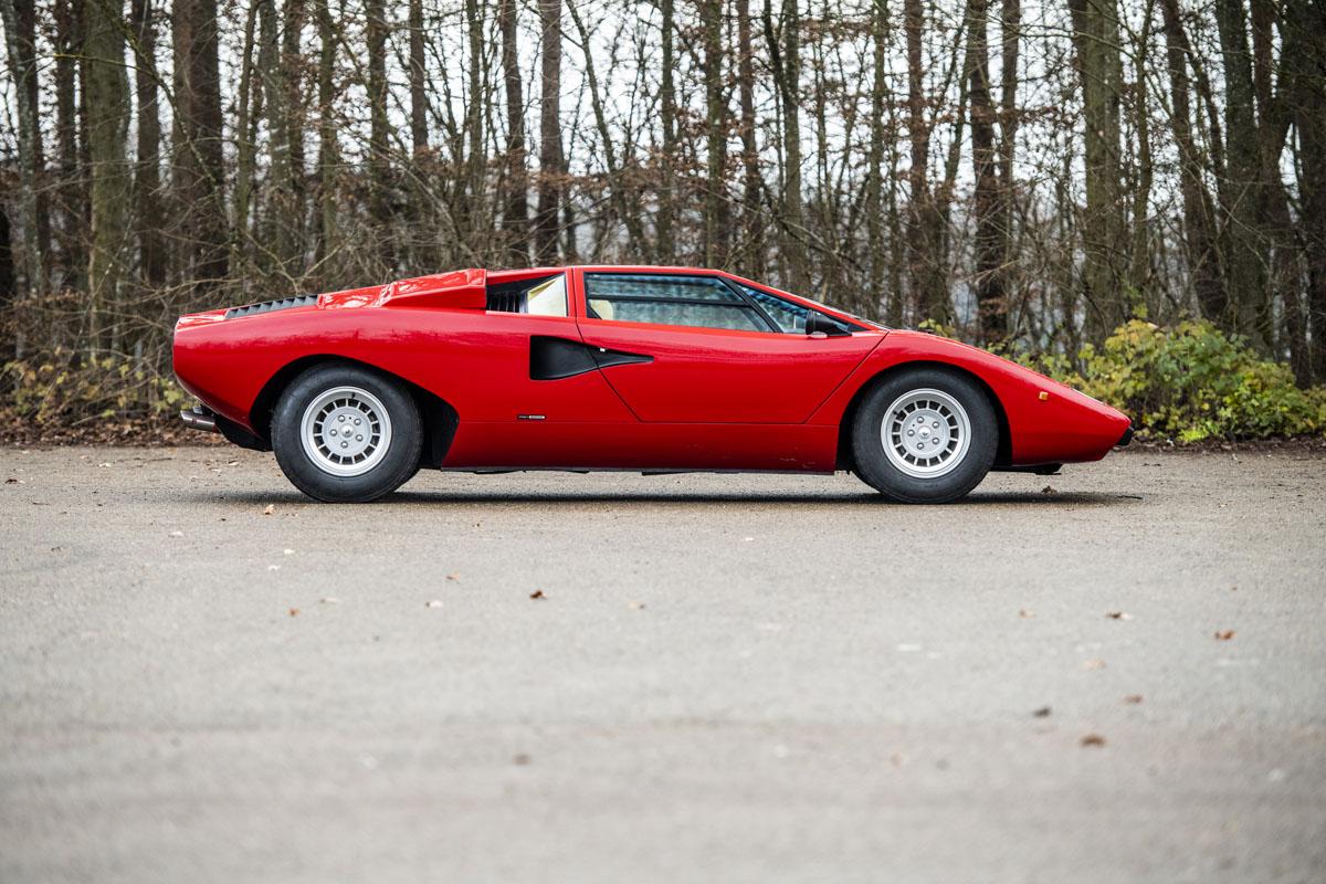 1977 Lamborghini Countach LP400 Periscopio side profile