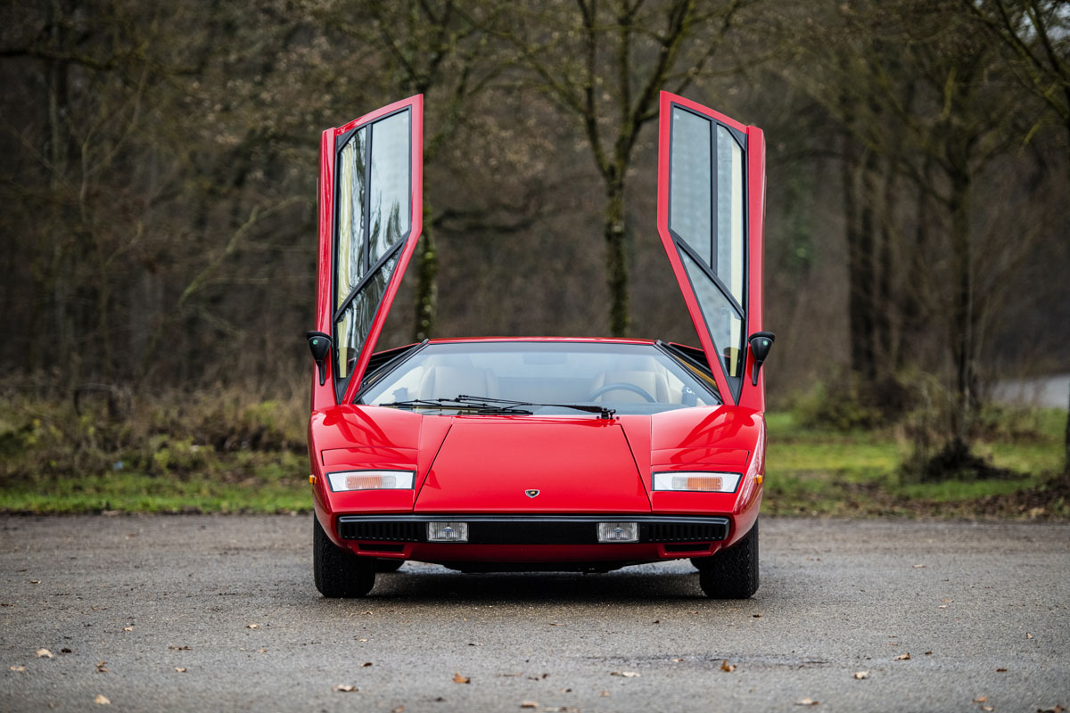 1977 Lamborghini Countach LP400 Periscopio front doors up