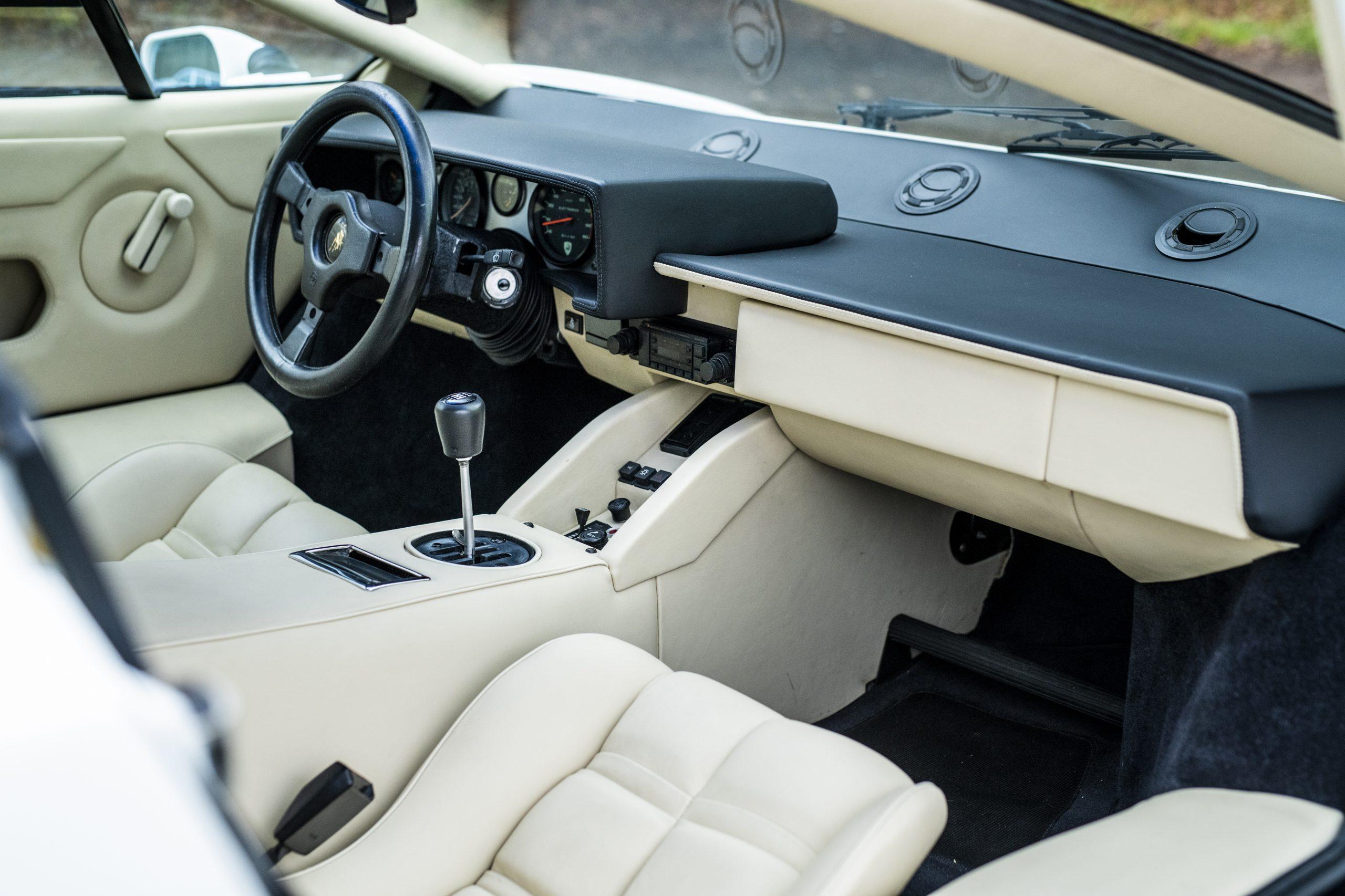 1984 Lamborghini Countach LP500 S by Bertone interior