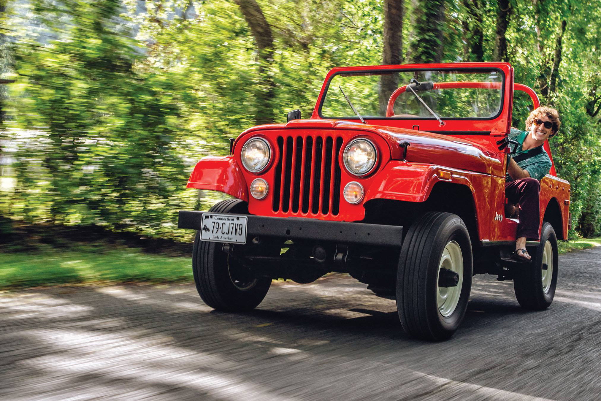 jeep cj 7 front three-quarter dynamic action