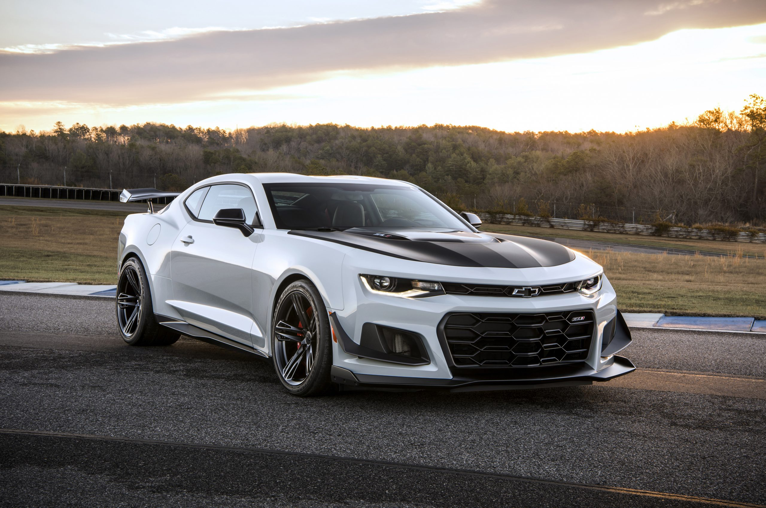 The 2019 Camaro ZL1 1LE now offers a 10-speed automatic