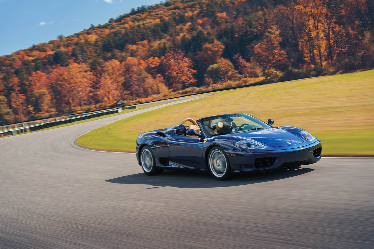 ferrari 360 front three-quarter dynamic action
