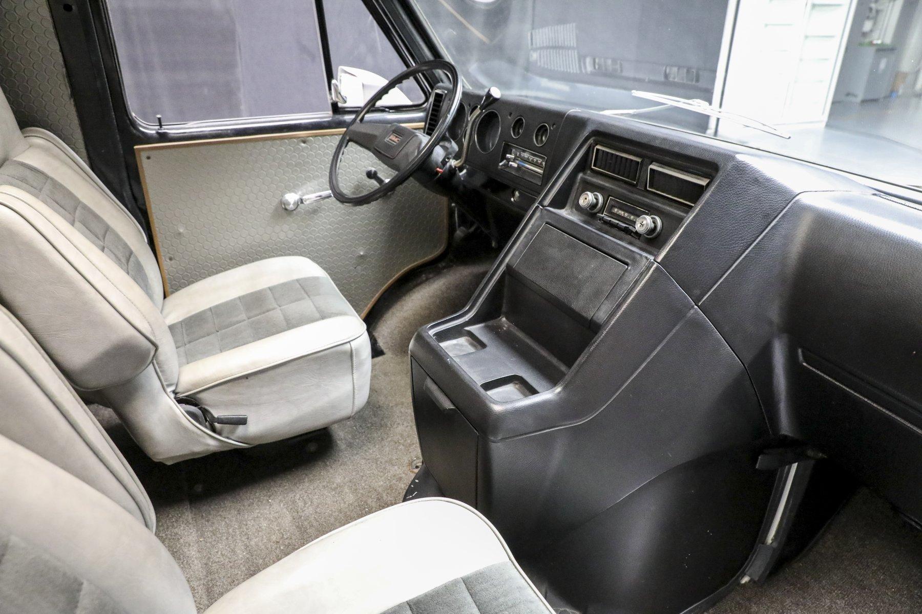 A-Team GMC G-Series 83 Van interior front