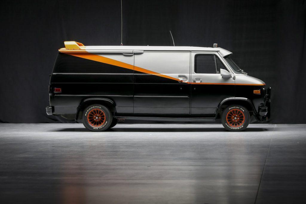 A-Team GMC G-Series 83 Van side profile
