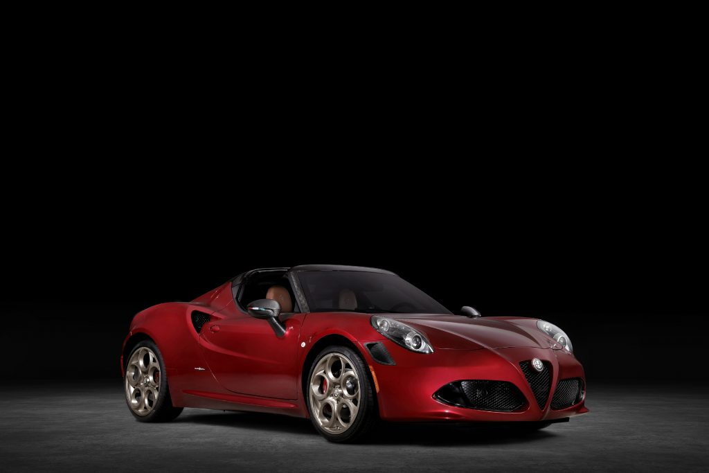 2020 Alfa Romeo 4C Spider 33 Stradale Tributo front three quarter