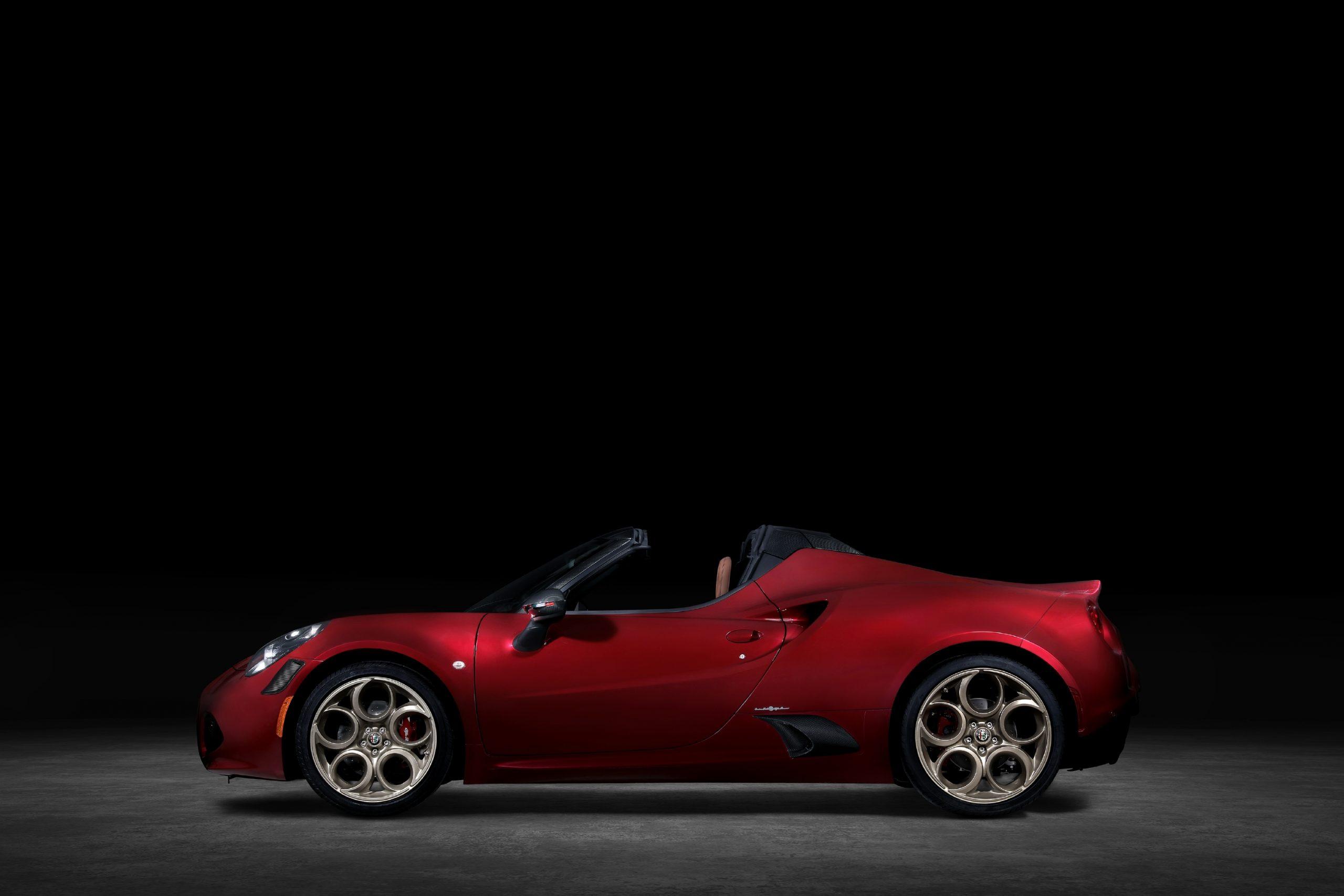 2020 Alfa Romeo 4C Spider 33 Stradale Tributo profile