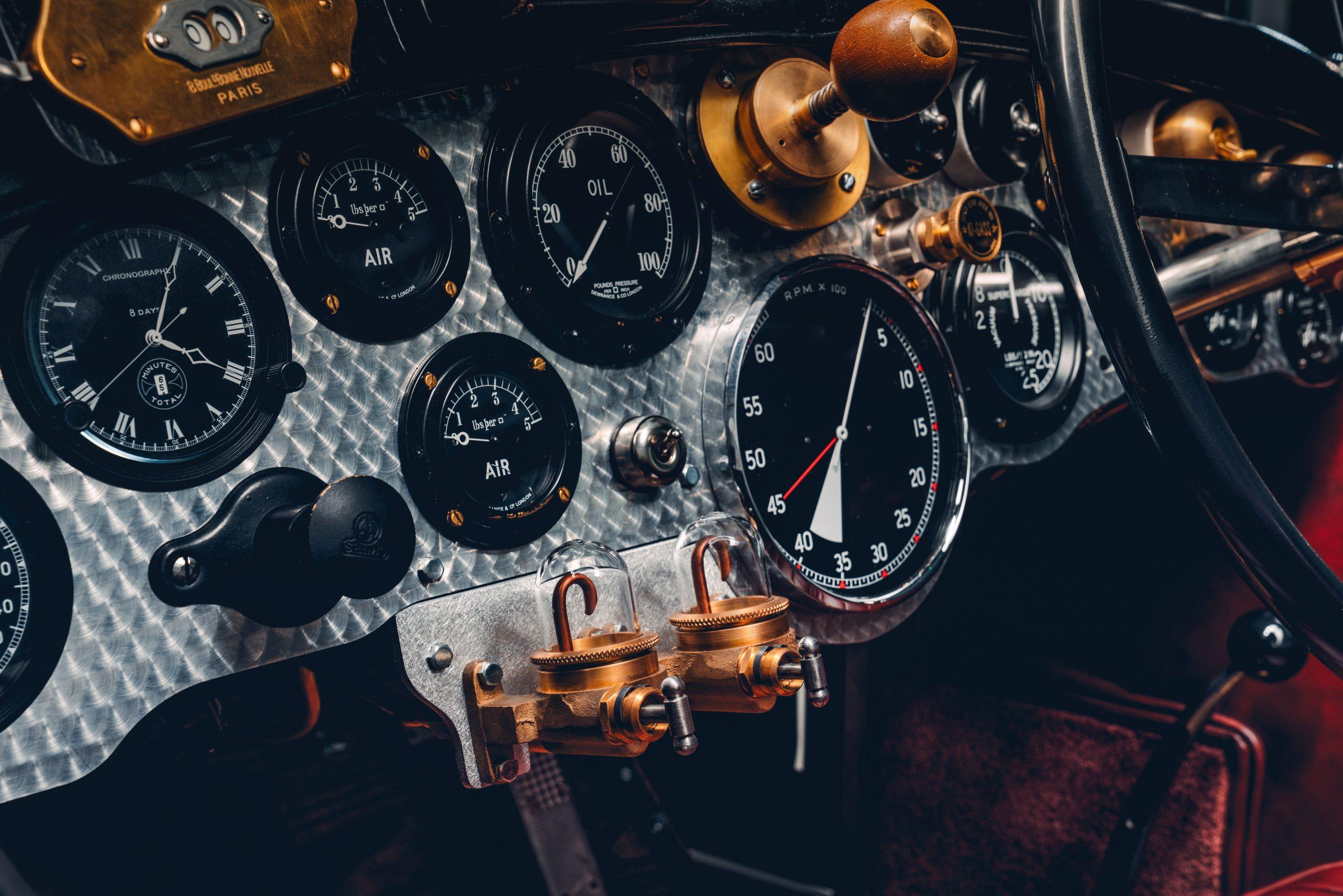 Bentley Blower Car Zero dash detail
