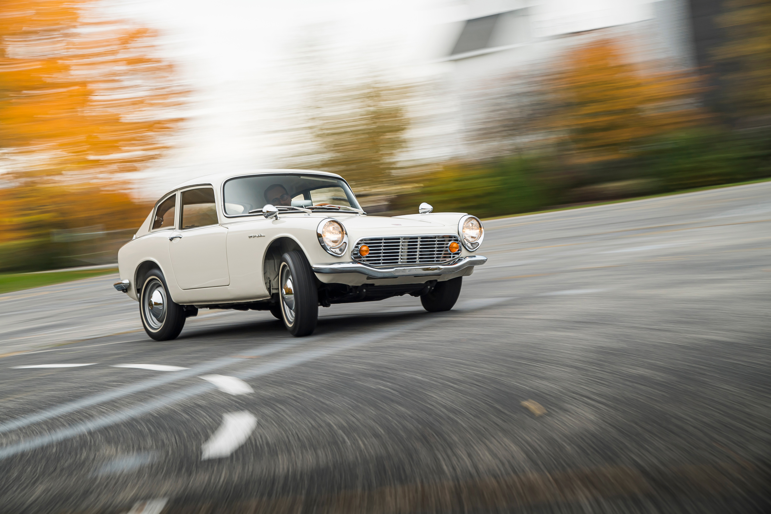 Honda S600 front three-quarter