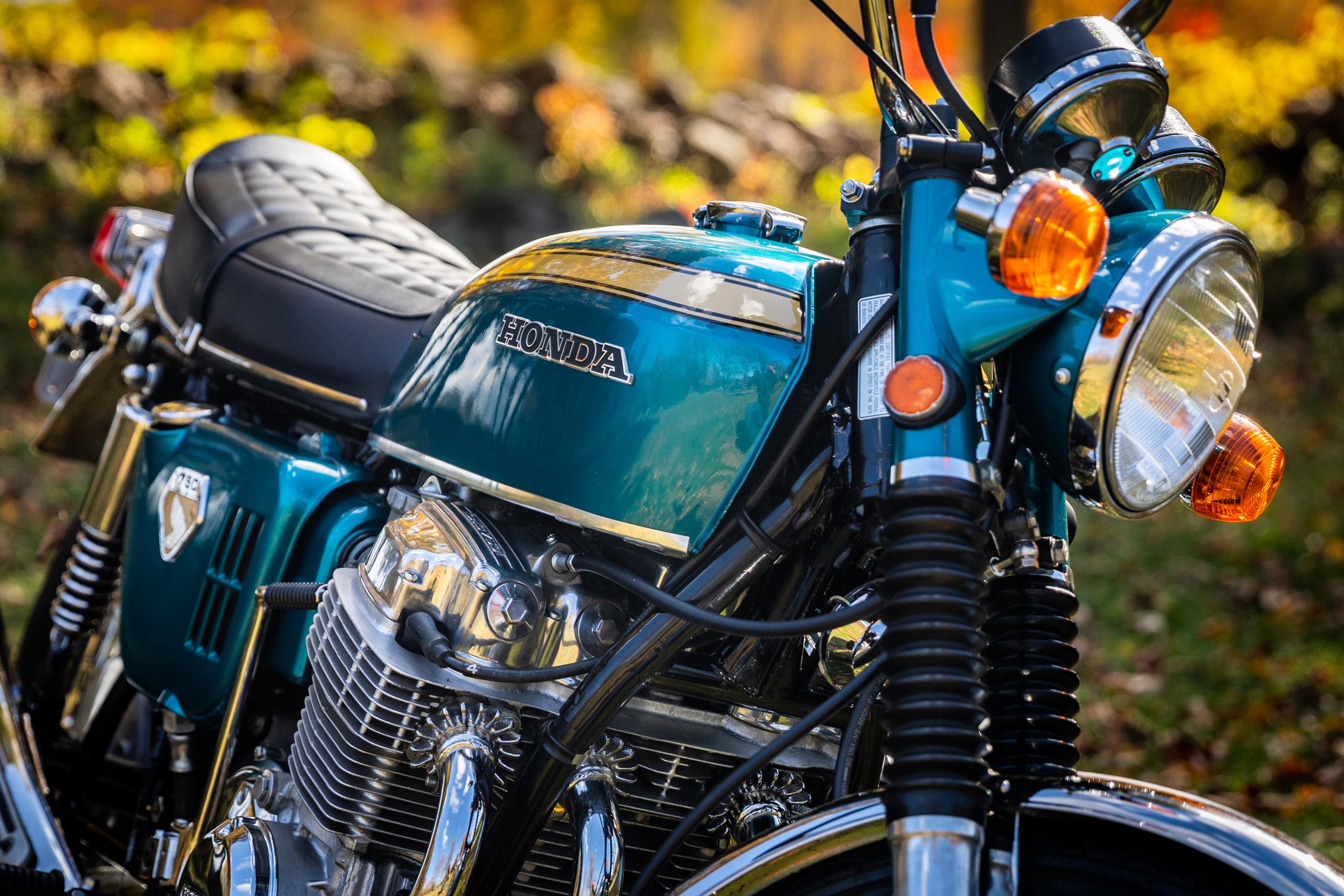 Honda CB750 front fork tank detail