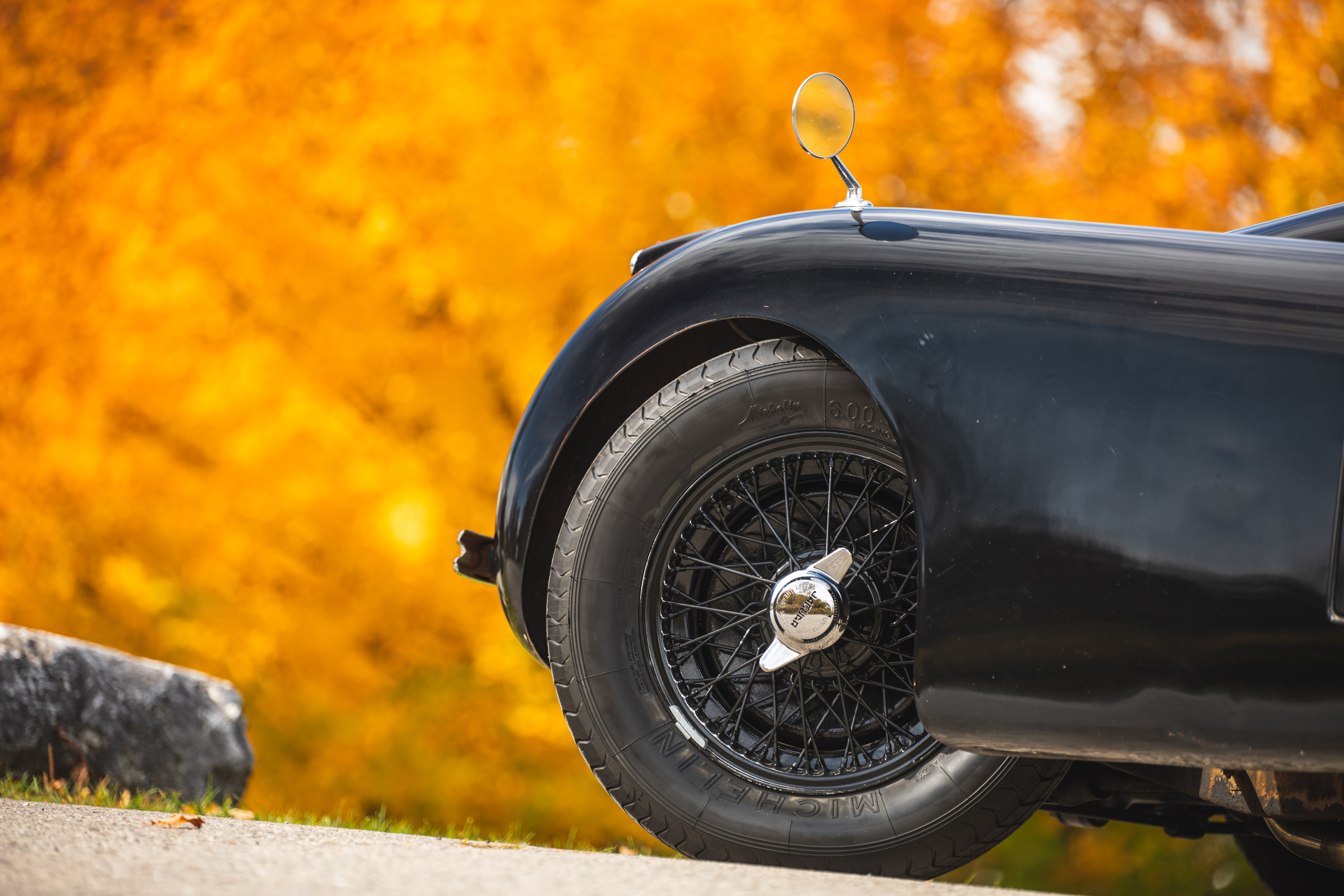 Jag XK120 front wheel detail