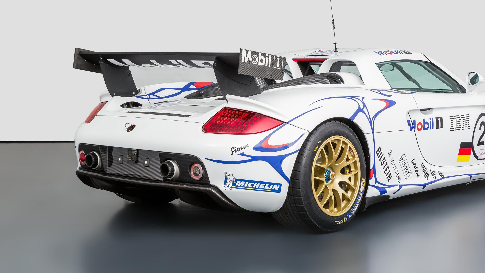 Carrera GT Racecar rear three-quarter