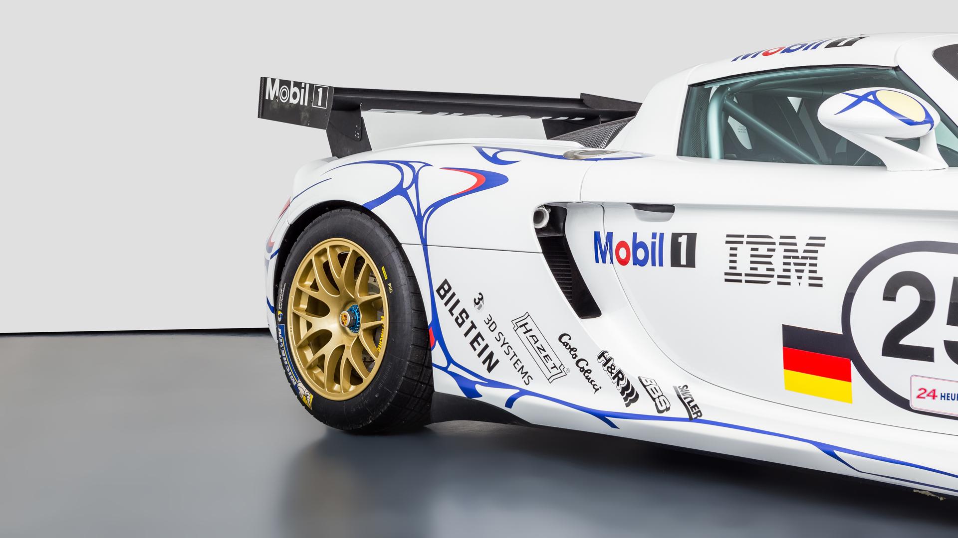 Carrera GT Racecar rear quarter panel